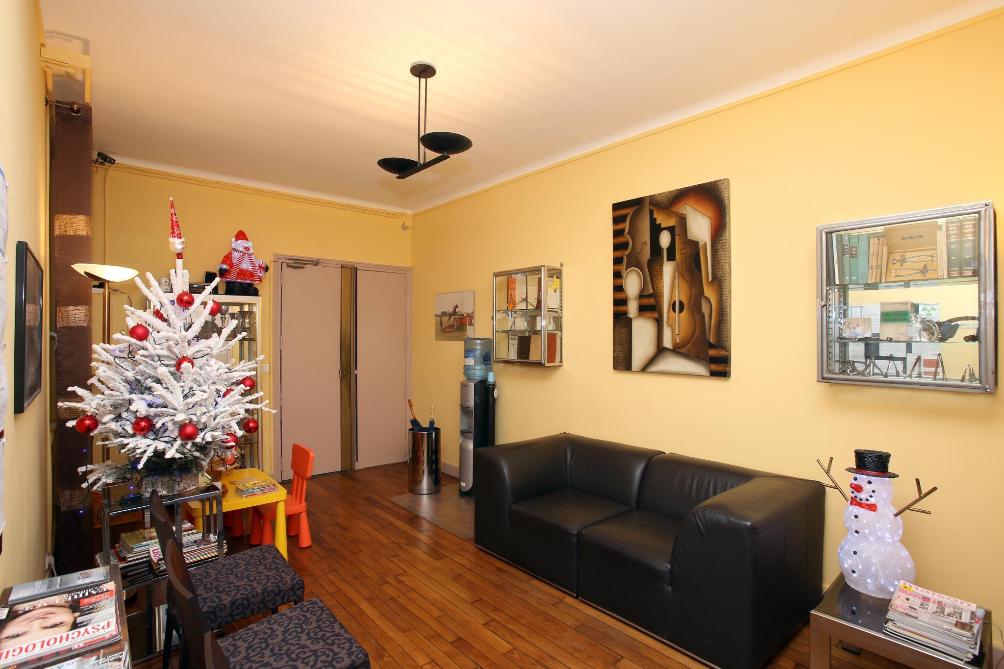 visiter le cabinet dentaire boulogne billancourt 92100 dentiste dr laurent vigneron dr. Black Bedroom Furniture Sets. Home Design Ideas